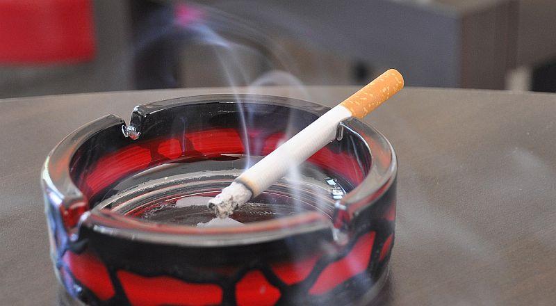 16 акта за пушене на закрито