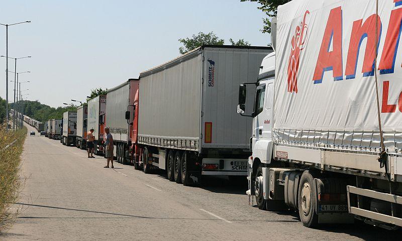 превозвачи излизат на протест