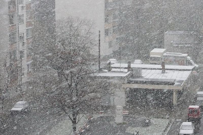 Снежна седмица и захлаждане