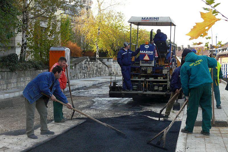 Три фирми ще рехабилитират русенските улици