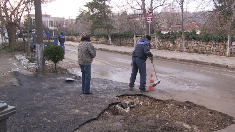 """От седмица 36 семейства по улица """"Константин Иречек"""" в Силистра са без вода заради закъсняла реализация на проект за водоснабдяване и канализация"""