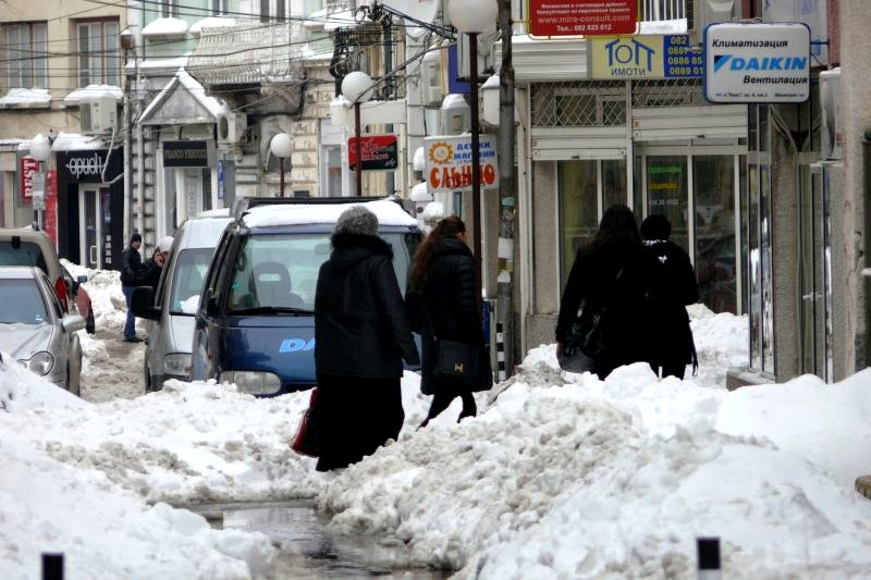 Започва почистването на малките улици