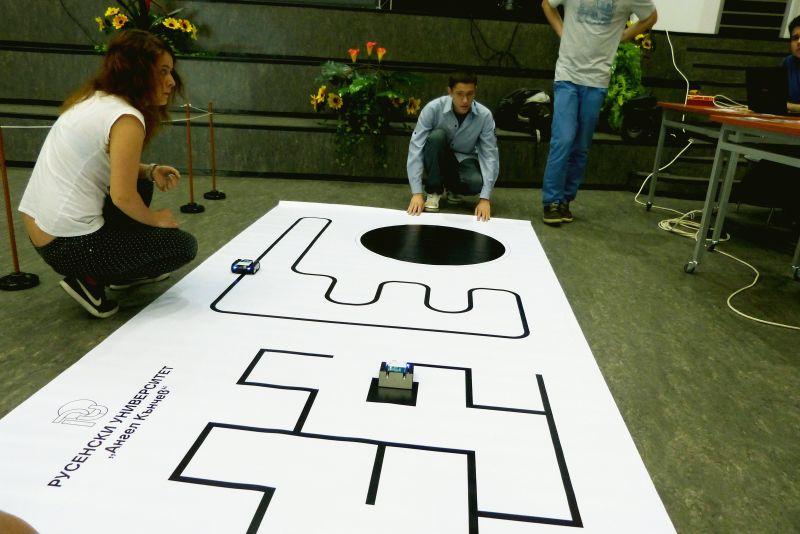 Празници на роботиката и мехатрониката