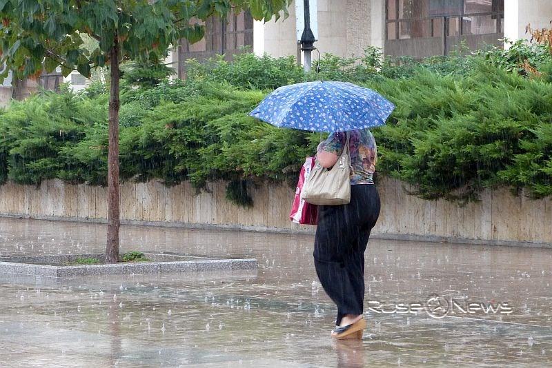 Дъжд, бури и гръмотевици
