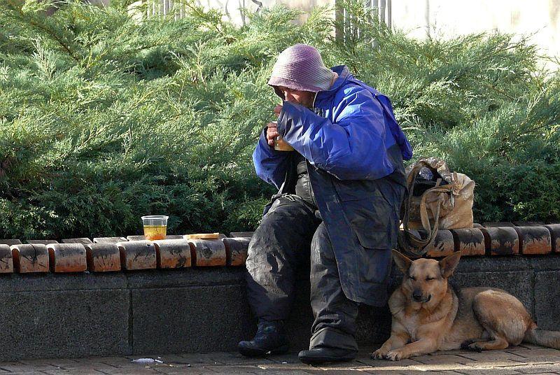 30 бездомници в Русе
