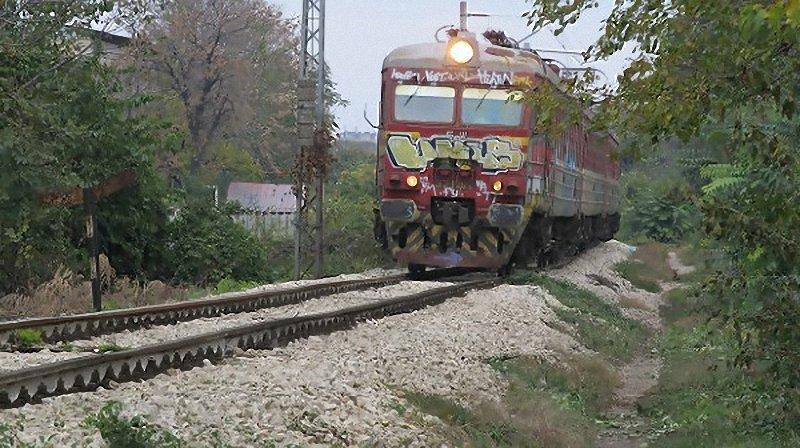 влак излезе от релсите