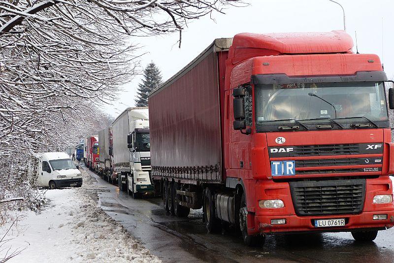 Правителството подкрепя исканията на българските превозвачи
