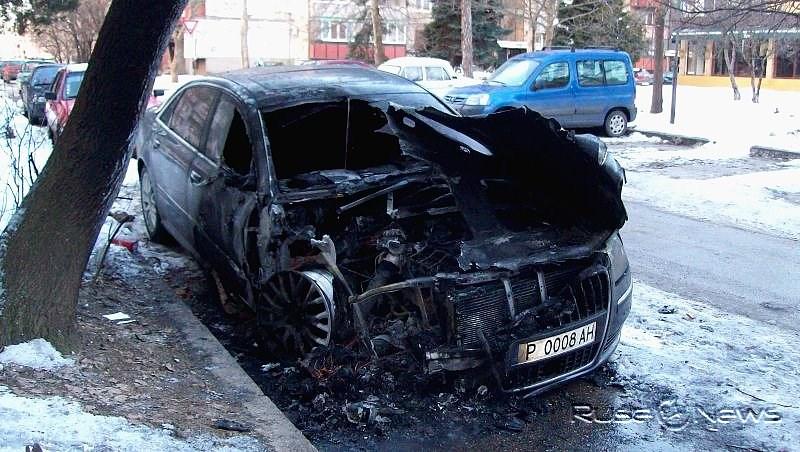 Подпалиха автомобила на Виторио