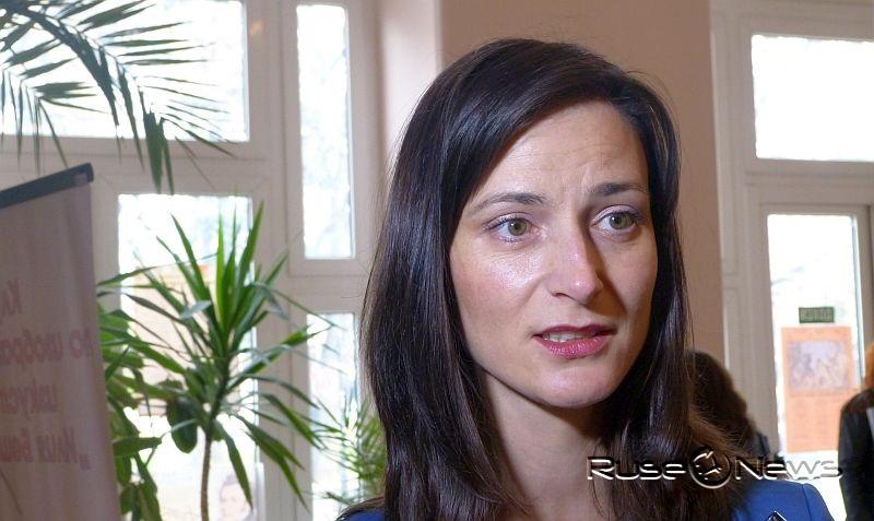 Еврокомисарят Мария Габриел ще положи изпит