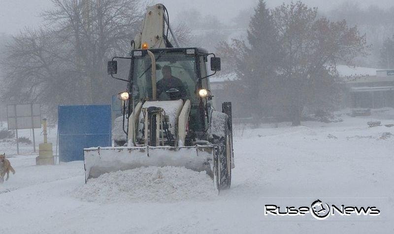 България ще чисти снега от Дунав мост