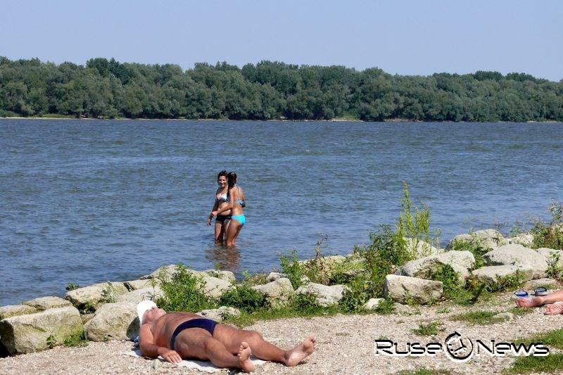 Летните жеги плаж