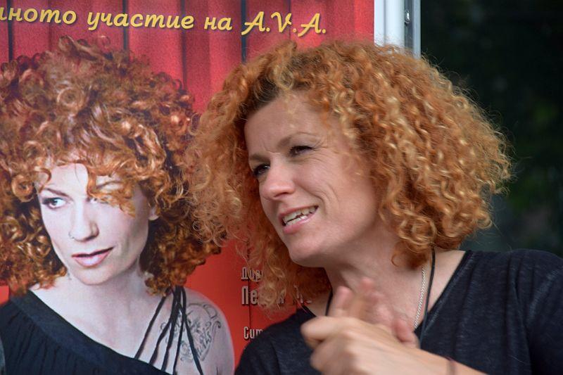 Люси Дяковска