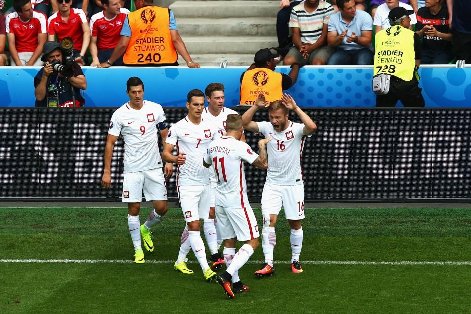 Полша на ¼-финал