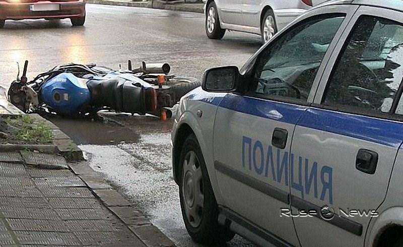 Моторист без книжка погуби себе си и спътника
