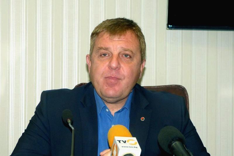 Красимир Каракачанов ще изнесе лекция