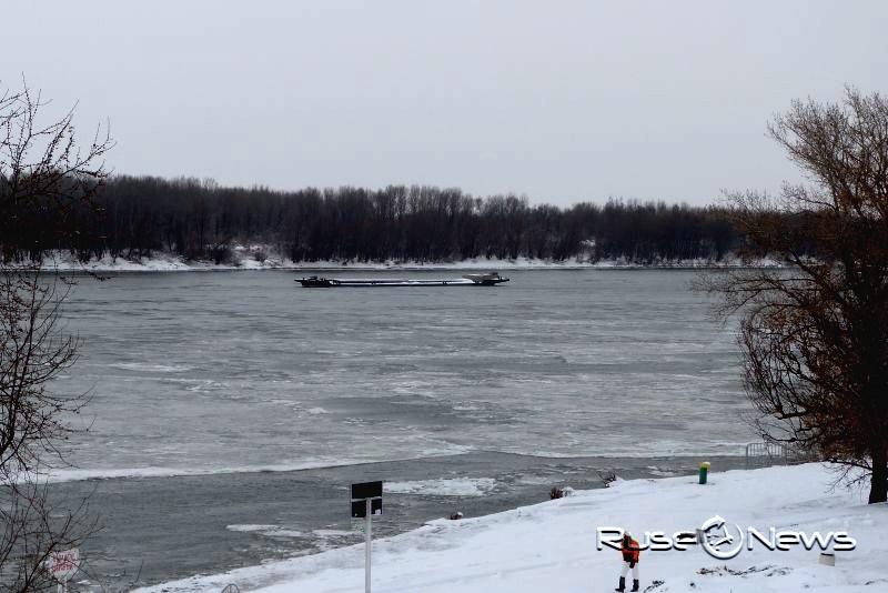 Кметът на Русе забрани разходките по леда