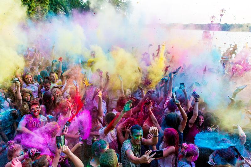 Дъга от музика и цветове в Парка на младежта
