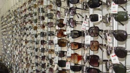 Проверка на слънчевите очила