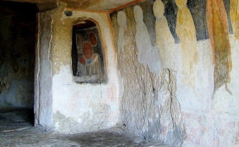 Ивановските скални църкви