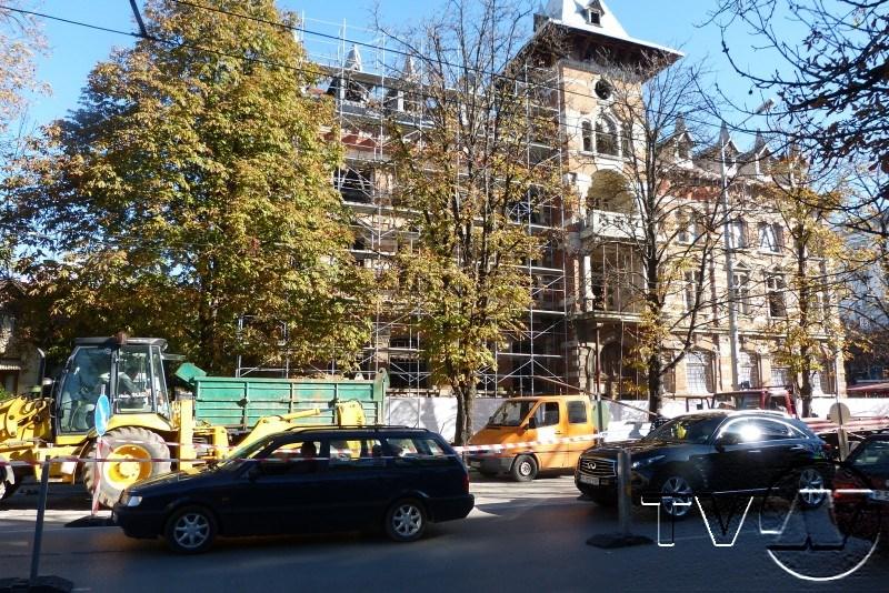 """Затруднено е движението по ул. """"Борисова"""""""