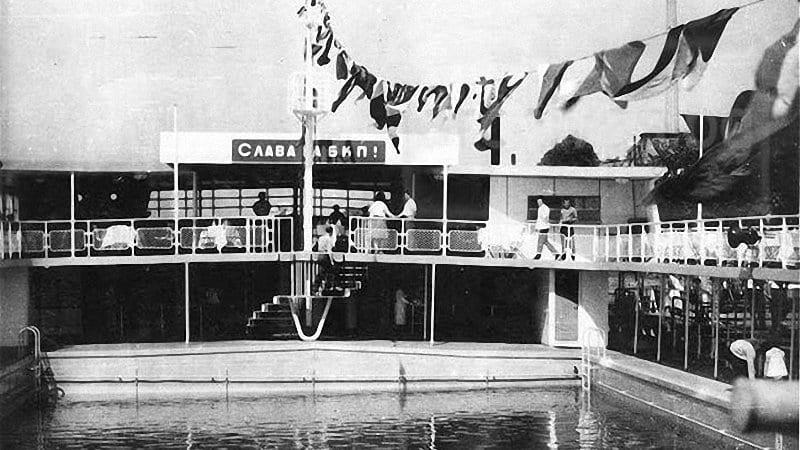 Възстановяват плаващия басейн в Русе