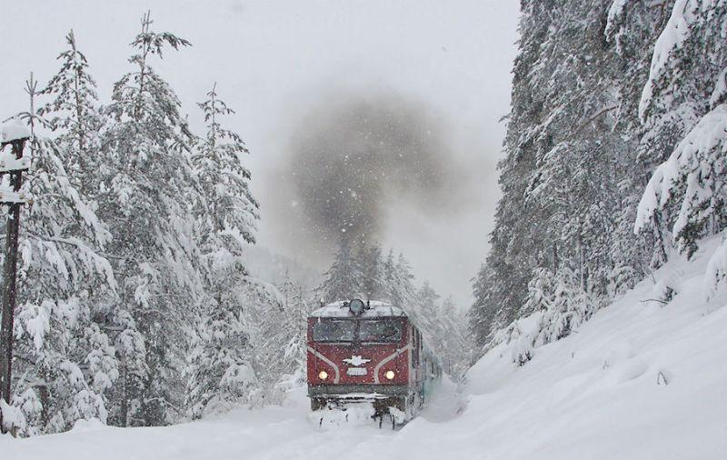 Влакът Русе - Варна е закъсал