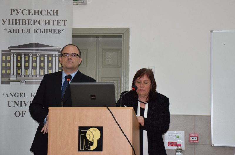 студенти в Русенския университет