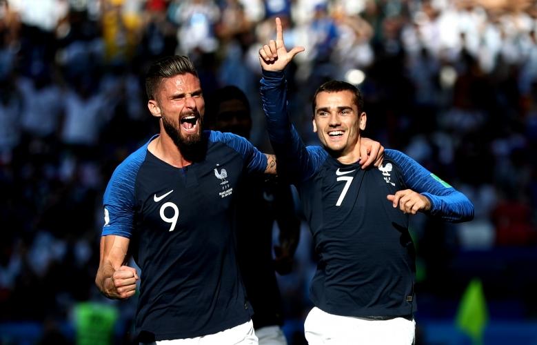 Франция се класира за ¼-финалите