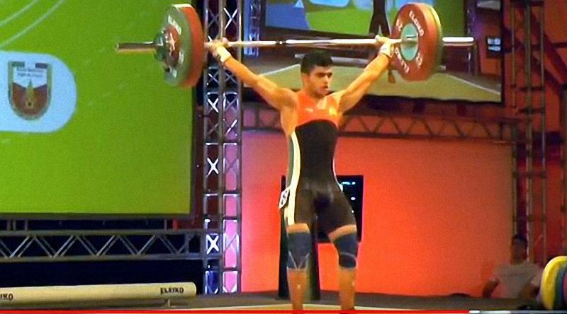 Ангел Русев влиза в битка за олимпийска квота