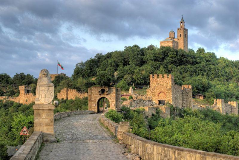 историческия хълм Трапезица