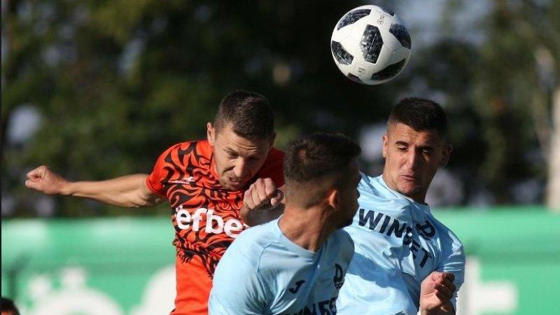 """""""Дунав"""" вкара първия гол в първенството, но загуби битката с """"Витоша"""""""