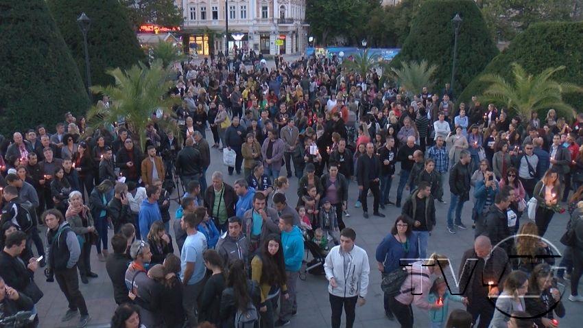 Хиляди русенци прегърнаха апела
