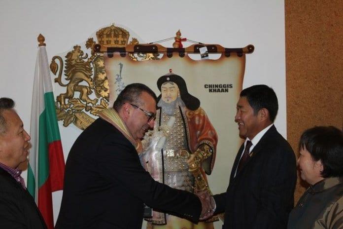 Лекари от Русе ще се обучават в традиционна монголска медицина