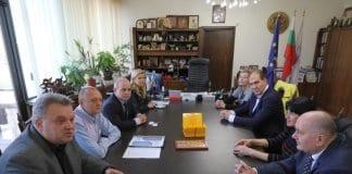 засилва сътрудничеството с румънски оперни театри и фестивали