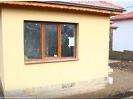 Собственици на нови къщи в Хитрино