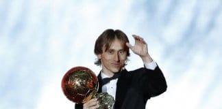 """Лука Модрич е новият носител на """"Златната топка"""""""