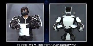 Робот на Toyota повтаря точно действията на човека