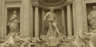 Общината в Рим ще чисти града с… парите за бедните