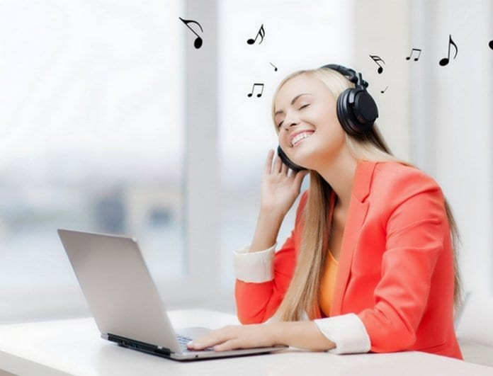 Музиката на работното място намалява стреса
