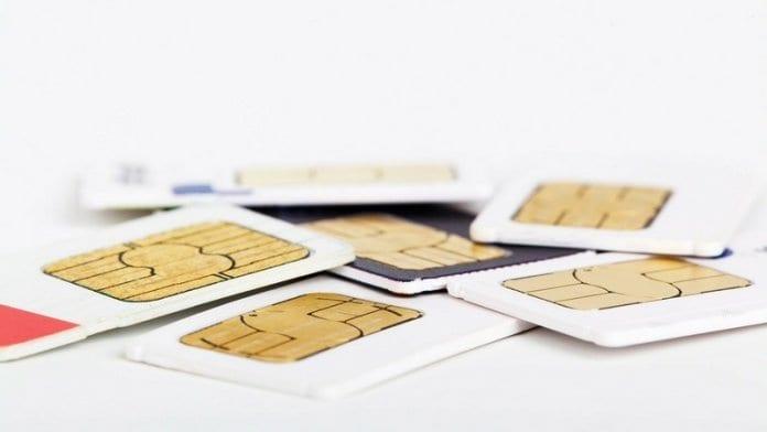 Осъдиха студент за отвличане на SIM карти