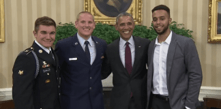 Трима американци, спрели терорист във влак, получиха френско гражданство