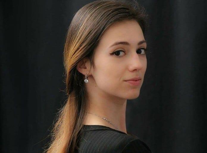 Млада балерина