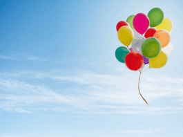 Все повече общини забраняват пускането на балони в Холандия