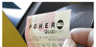 Спечелилият джакпота от лотарията в САЩ си взе парите наведнъж