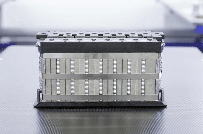 Над 1000 км пробег на електромобили с нова батерия