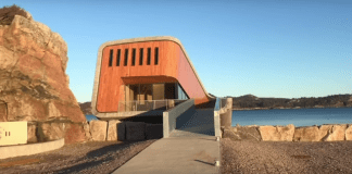 Отвориха първия европейски подводен ресторант