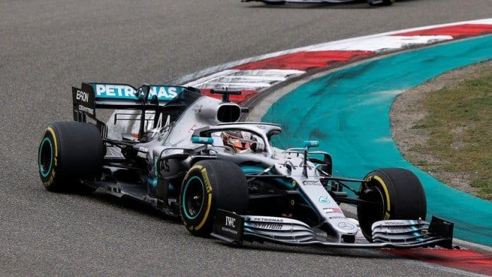 Люис Хамилтън спечели старт №1000 във Формула 1
