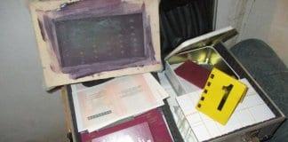 Разкриха работилница за фалшиви лични документи в Шумен