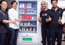 Вендинг машина продава смартфони, таблети и мобилни аксесоари