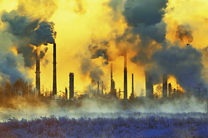 Нова технология ще улавя въглеродния диоксид и ще добива синтетично гориво